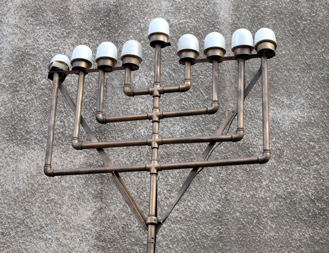 Tel Aviv8