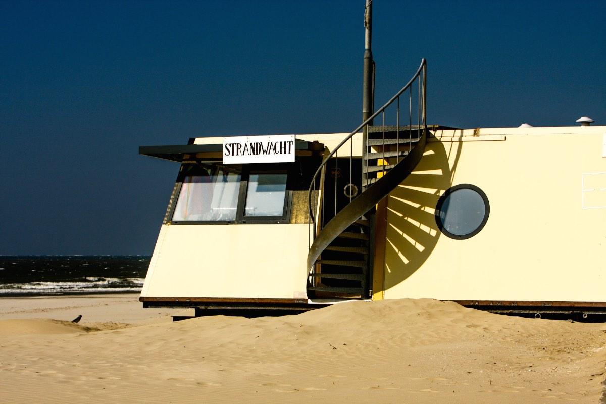 strandwachthuisje aan de westkant van Ameland copy