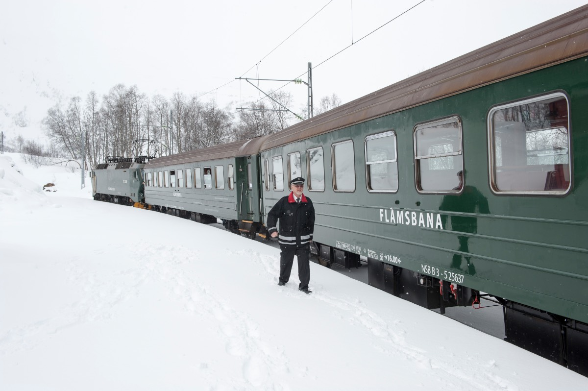Noorwegen_De flamsbana treinrit van groen naar wit 2