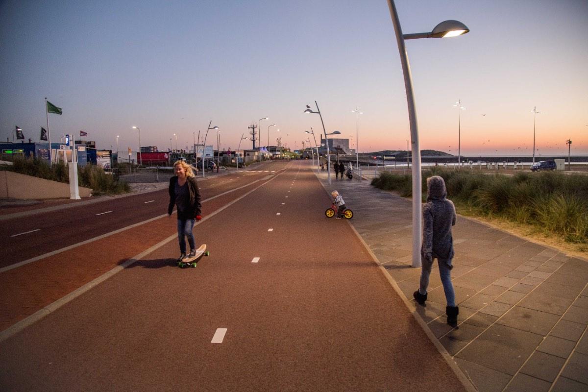 nieuwe boulevard is longboard en skate paradijs