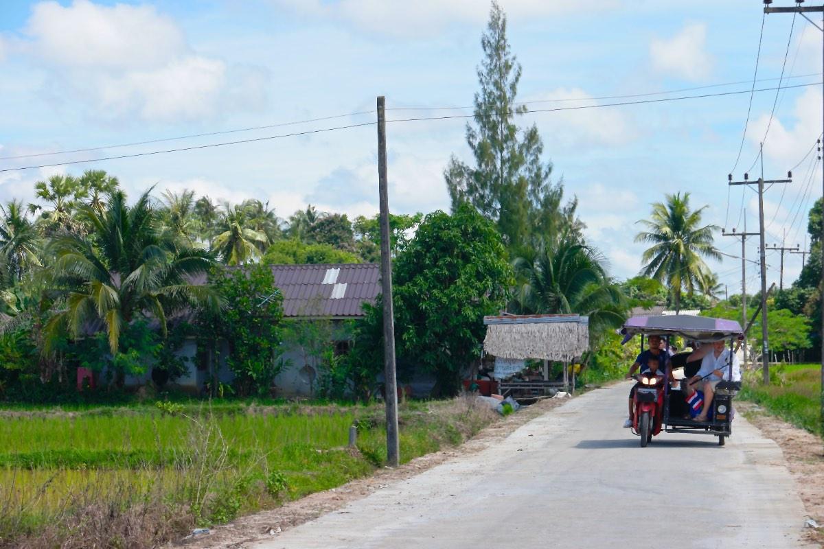 Krabi_tuktuk