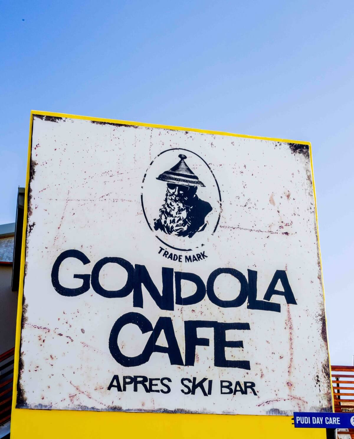 Top 5-gondola cafe