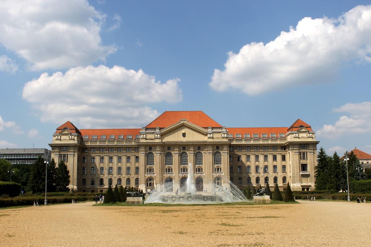 Debrecen7
