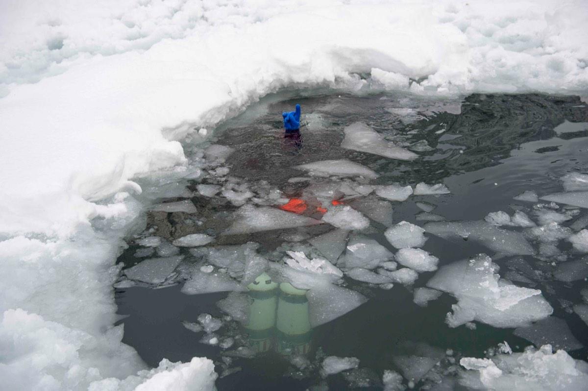 icediving2