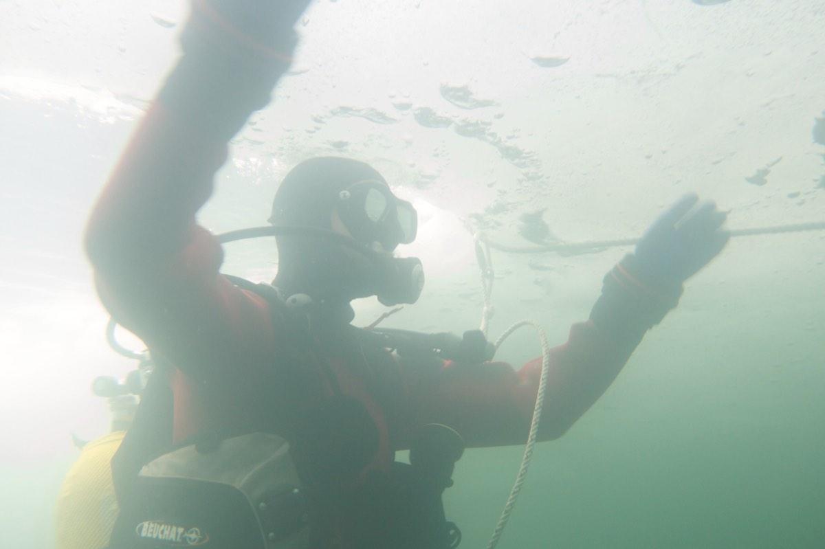 icediving4