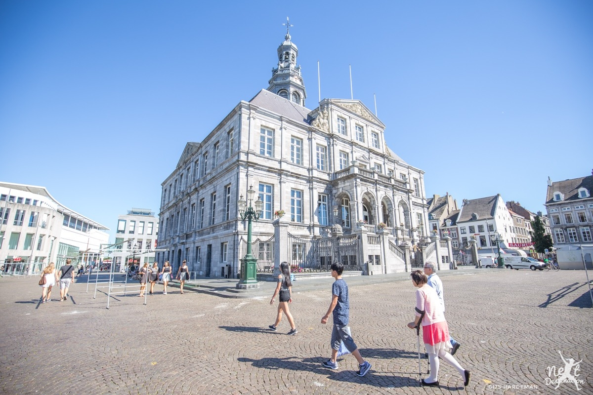 Maastricht 53