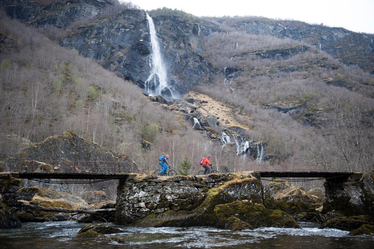 Noorwegen_Langs watervallen op de fiets 2