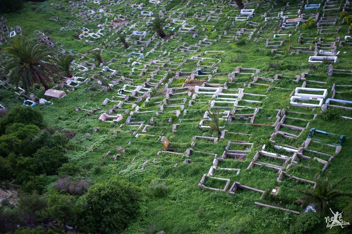 safi uitzicht vanaf het fort op een portugese begraafplaats Safi.jpg