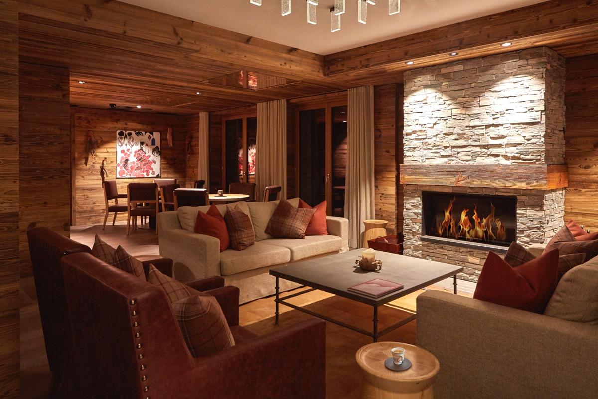 The Capra Bar & Lounge